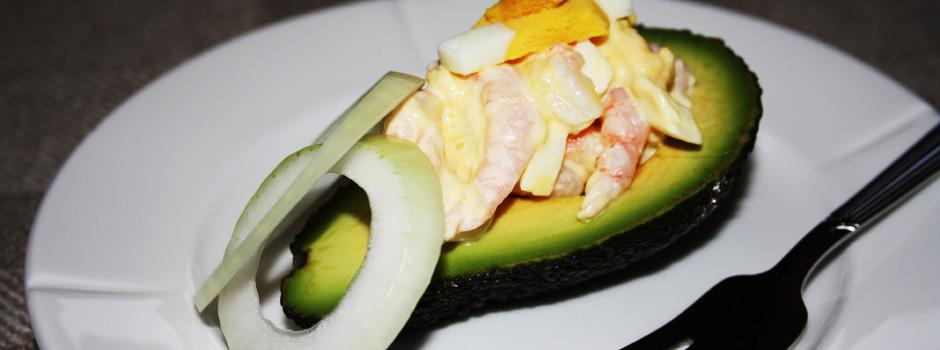 Avokado med reker og egg